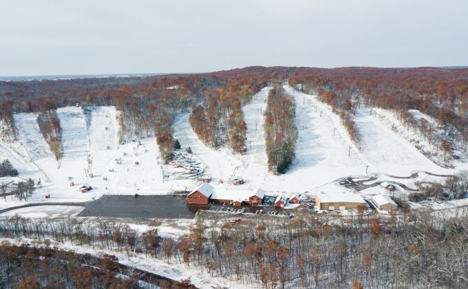 First Ski Resort In The United States OPENS For The Ski Season