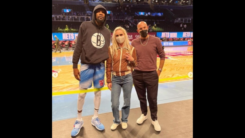 Lindsey Vonn Hangs With Kevin Durant Post Nets Game