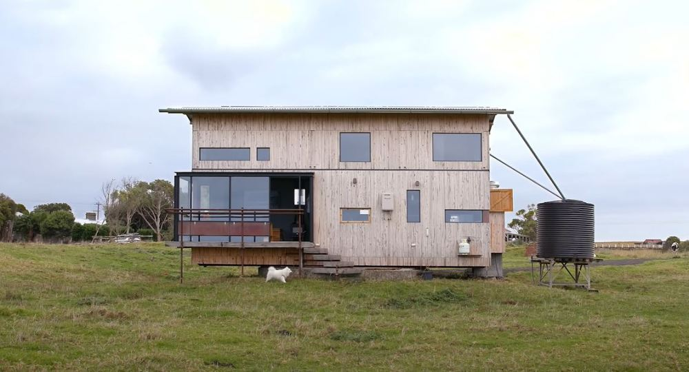 Could You Live In This 291 sqft. Rural Australian Home?